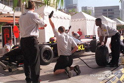 Alex Yoong in a pitstop simulation