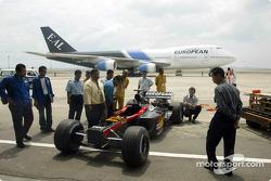 yeni Minardi Asiatech PS02, Kuala Lumpur airport runway