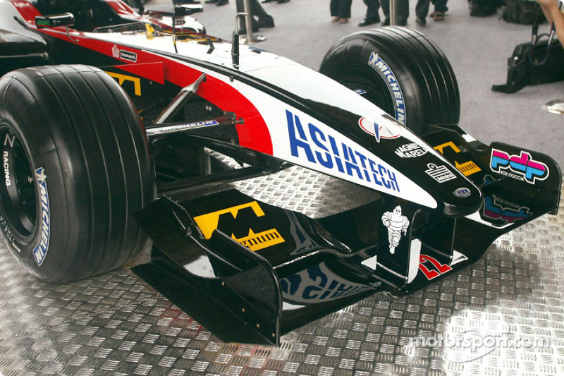 Minardi Asiatech PS02: avant