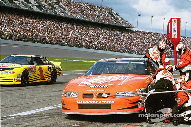 Pitstop For Tony Stewart At Daytona 500