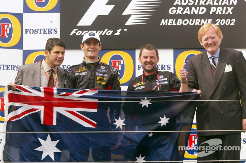 Champagne et podium pour Mark Webber et Paul Stoddart