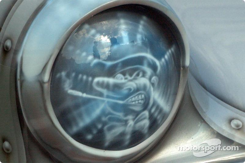 Gotham City: right headlight