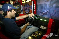 Visita al Hopi Hari Park: Felipe Massa
