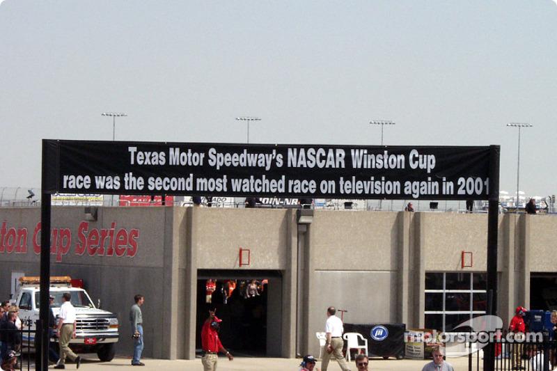 Bienvenido al Texas Motor Speedway