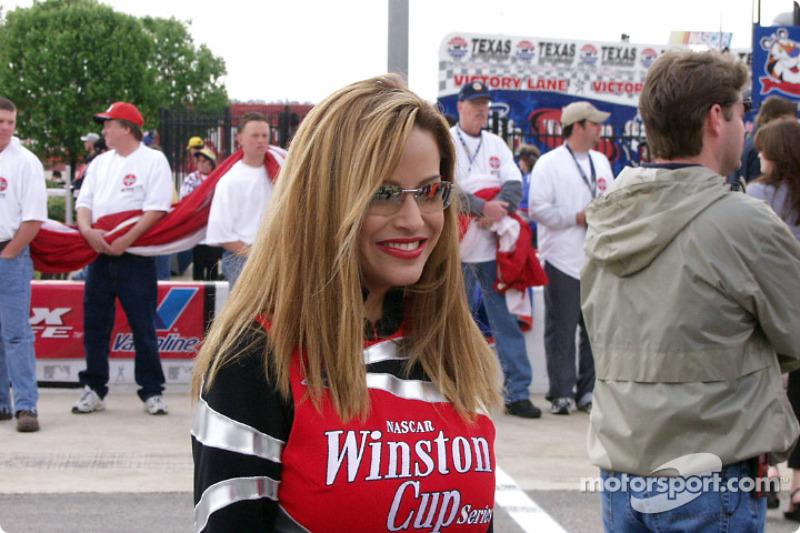 La charmante Miss Winston Cup