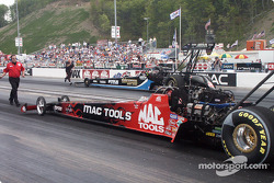 Doug Kalitta backs the Mac Tools car
