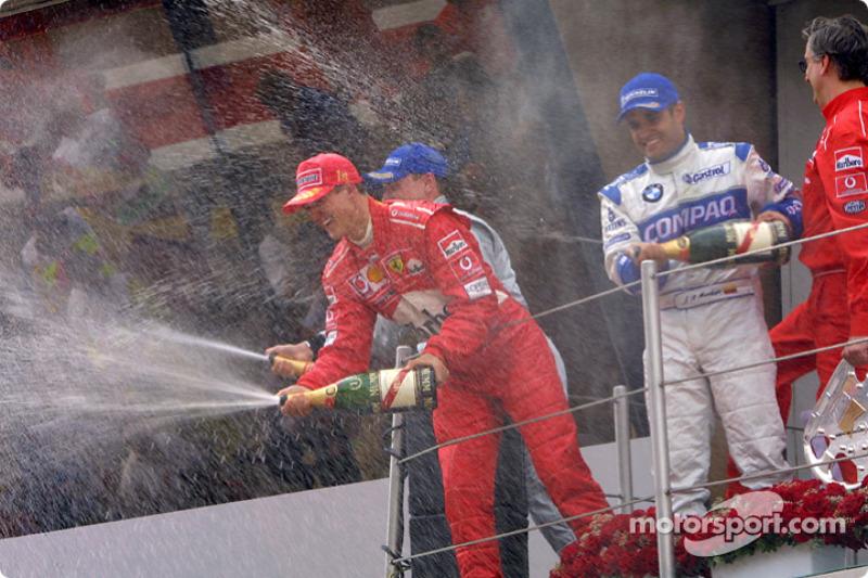 Champaña para Michael Schumacher, Juan Pablo Montoya y David Coulthard