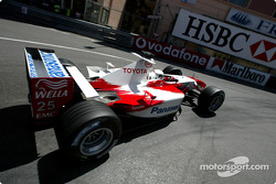 Allan McNish in the warmup session