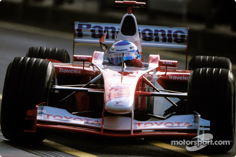 Mika Salo in the morning warmup