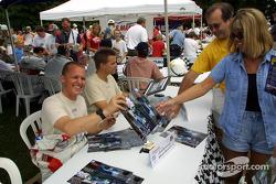 Autograph session: Johnny Herbert and Stefan Johansson