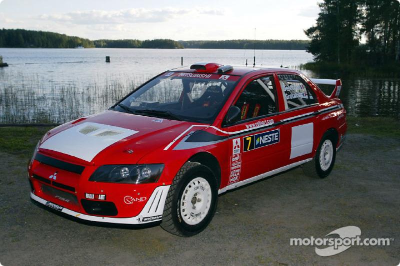 Lanzamiento del Mitsubishi Lancer Evolution WRC2