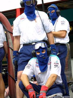 Práctica de parada en pits para el Equipo Sauber