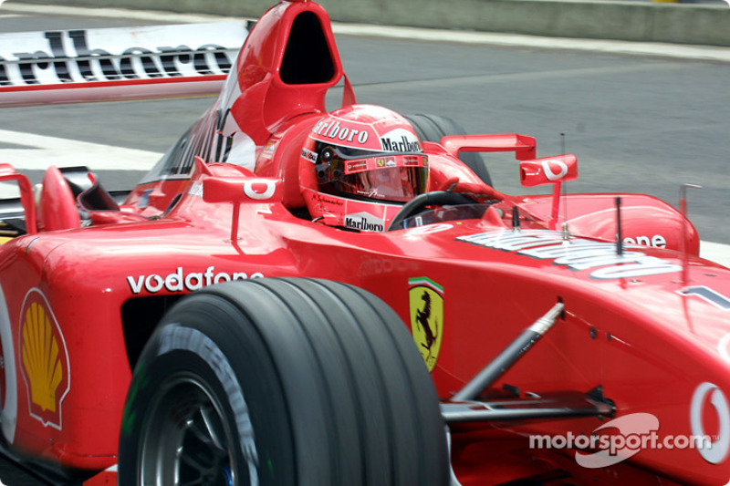 El ganador de la pole, Michael Schumacher