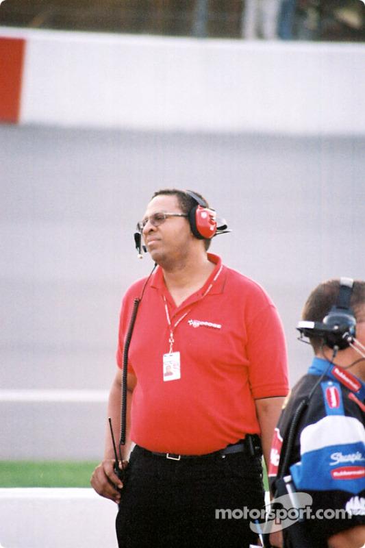Ingeniero de Chrysler, Ed Arthur
