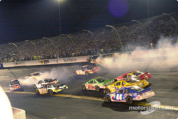 The other racers try to avoid Labonte and Bodine