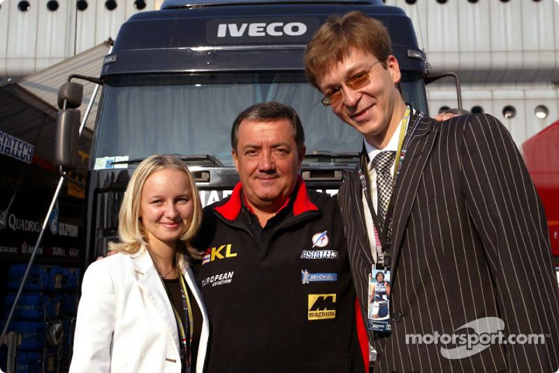Giancarlo Minardi e invitados de Asiatech