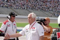 Roger Penske congratulates the winners