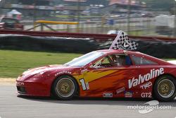 Race winner Duane Davis
