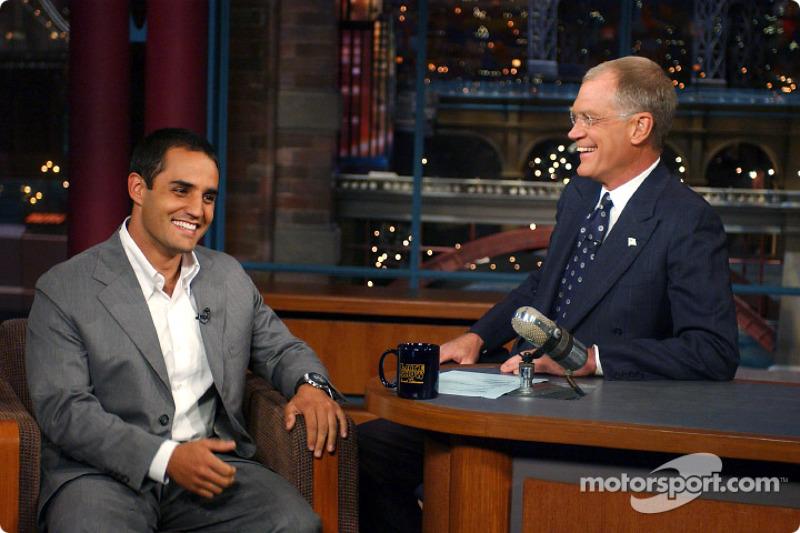 Juan Pablo Montoya apareciendo en el Late Show con David Letterman de CBS