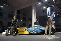 Spoon/Mild Seven RenaultF1 Media Party: Jenson Button and Fernando Alonso