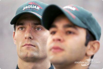 Présentation des pilotes Jaguar Racing en 2003