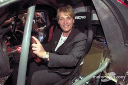 Volkswagen Tarek World debut at the Essen Motor Show: Jutta Kleinschmidt