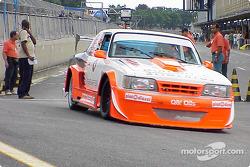 Guido Borlenghi and Arquimedes Delgado; Opala-Chevrolet V8
