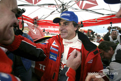 Carlos Sainz celebrates win