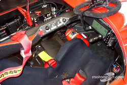 Cabina del LMP675 AER-powered Courage C65