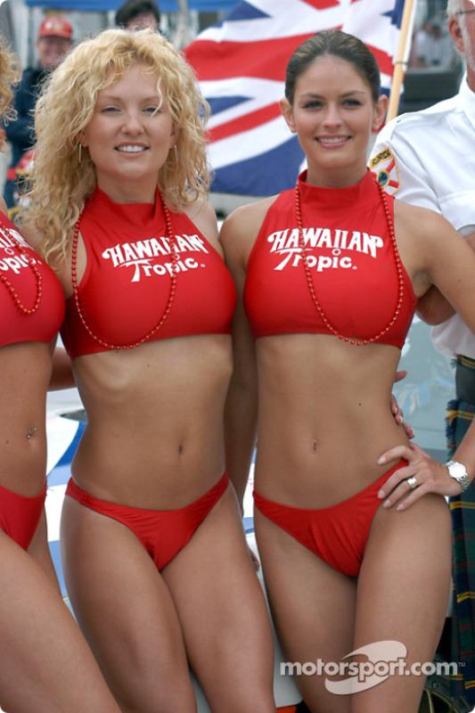 The always charming Hawaiian Tropic girls at Sebring