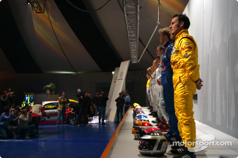 Presentation of the 2003 DTM drivers