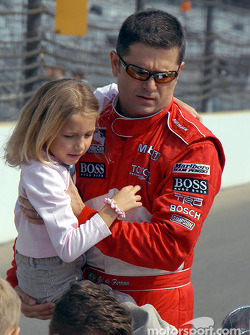 Gil de Ferran and daughter Anna