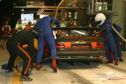 Pitstop for #68 Scorp Motorsport Chrysler Viper GTSR: Luis Marques, René Metge, Christian Lavieille