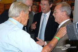 Cérémonie de remise des prix du Mans: Phil Hill