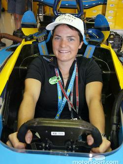 Renault F1 guest Ellen Macarthur