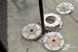 Left over clutch parts