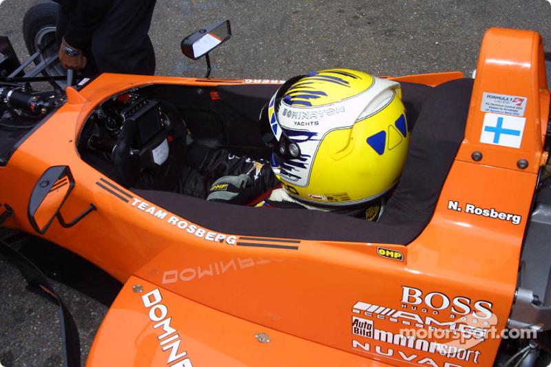 2003年:随罗斯伯格车队参加F3欧洲系列赛