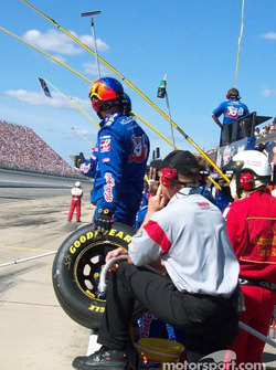 Terry Labonte's crew gets ready