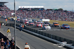 The grid of the Oran Park 300