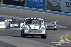 #13 Jeff Mennen - Morris Cooper-S