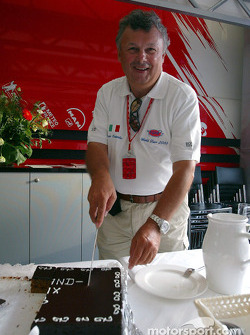 Veteran F1 photographer Ercole Colombo celebrates his 500th Grand Prix in the Toyota motorhome