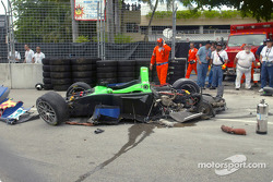 #37 Intersport Racing Lola EX257/AER: Jon Field, Duncan Dayton, was heavily damaged in a crash