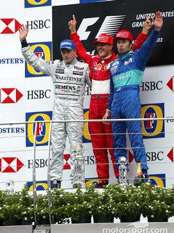 Podium : Michael Schumacher, vainqueur, avec Kimi Räikkönen et Heinz-Harald Frentzen