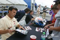 Autograph session: Craig Stanton