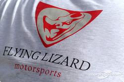 Un tee-shirt du Flying Lizard Motorsports