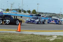 #54 Bell Motorsports Chevrolet Doran: Terry Borcheller, Forest Barber, and #58 Brumos Racing Porsche Fabcar: David Donohue, Mike Borkowski
