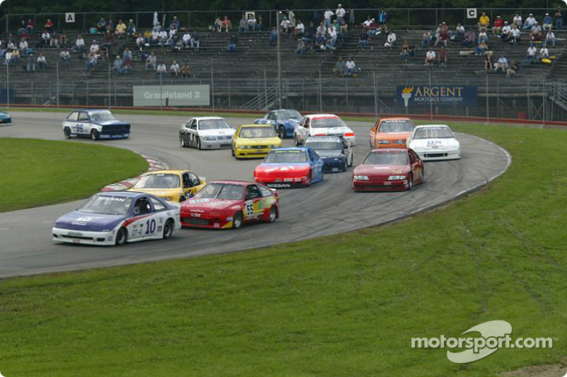 Start: Keith Grant leads the field