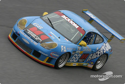 #68 The Racers Group Porsche GT3 RS: Ian James, RJ Valentine, Chris Gleason, Abraham Zimroth, Bohdan Kroczek