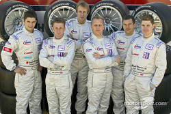 Les pilotes Audi Sport UK Team Veloqx Pierre Kaffer, Allan McNish, Frank Biela, Johnny Herbert, Jamie Davies et Guy Smith