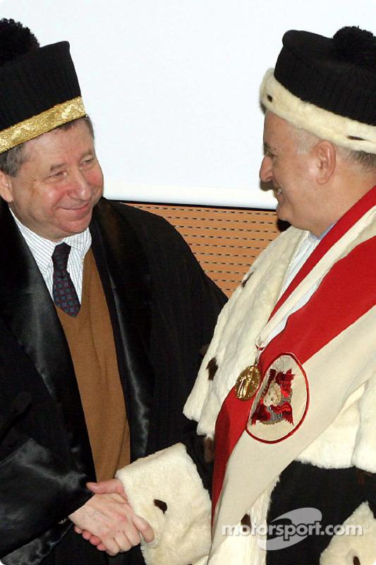 Jean Todt reçoit un diplôme honorifique